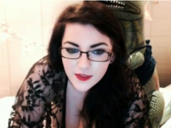pale-skin-chick-webcam-2