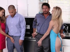 playmate-s-daughter-crying-and-family-fetish-creampie