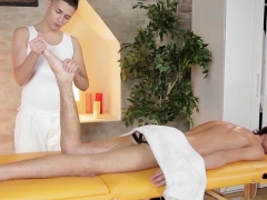 bareback-fuck-after-a-massage