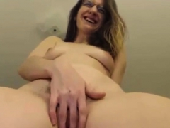 ugly-milf-with-bush-pussy-plays-with-vibrator-on-cam
