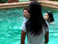 sexy thai girls in pool – Free XXX Lesbian Iphone