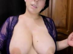 Brunette Juicy Camgirl Showing Huge Natural Boobs On Webcam