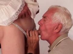 Hot Amateur Sex And Cumshot