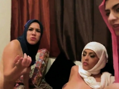 party cove usa sexy arab girls attempt foursome WWW.ONSEXO.COM