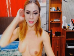 Hot Lovely Shemale Inserts Dildo In Her Ass