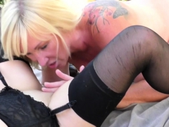2 lesbian housewife licking each other out outdoors – Free XXX Lesbian Iphone