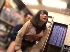 japanese-teen-amateur-public-party