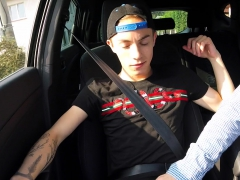 Hitchhiker - Handjob In The Car