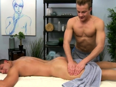 muscle-gay-rimjob-and-cumshot
