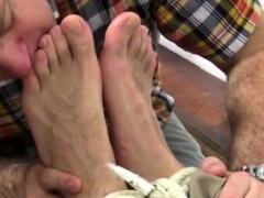 hot-gay-sexy-male-boxer-model-foot-first-time-chase