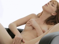 woman bitch fingers her needy cookie enjoying some softcore