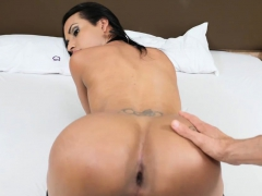 Tranny From Brazil With A Big Ass Fucks A Guy Anal