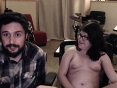 amateur-skank-masturbation-on-webcam