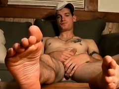 boys-feet-in-nylons-gay-xxx-str8-boy-foot-fun-and-jack-off
