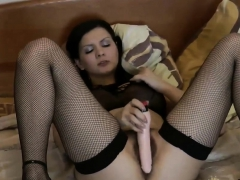 adorable-gal-blanka-plays-with-her-hairy-pussy