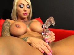dani-andrews-she-s-masturbating-with-a-very-special-toy