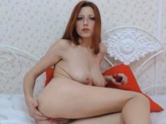 horny petite babe dildo fuck her pussy