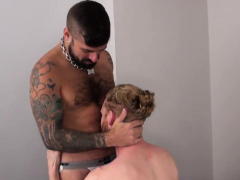 tattooed-bear-getting-assfucked-bareback