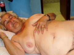 omageil solo grannies stripped in front of camera