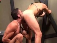gay-muscle-jocks-rim-and-blowjob