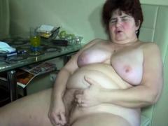 Fat Granny in Threesome