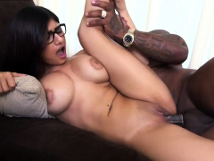 arab-muslim-girl-cock-sucking-first-time-mia-khalifa