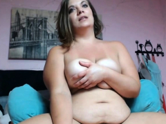 my-hot-stepmom-has-a-fun-time-caming