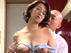 Japanese momma gets down for some hardcore pleasure