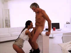vip4k-gorgeous-babe-gives-old-man-her-body