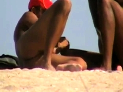 gay-nude-beach-mutual-handjobs