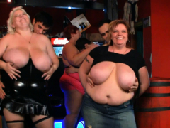 watch-very-hot-group-bbw-party-in-the-bar