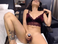 Sexy Orienatal Amateur Teen Stripping and Dancing on Wecam