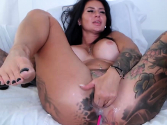 tattooed-big-ass-busty-milf-dildoing-and-squirting-on-webcam