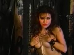 BRUCE SEVEN - Sexy Elise Di Medici Strips