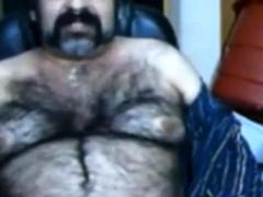big-hairy-bear-and-hairy-body