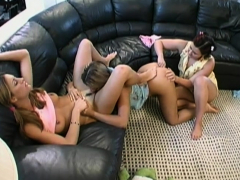 milf-organizes-a-hot-lesbian-three-way