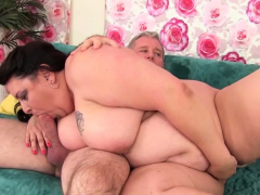 Big beauty eaten out and pounded