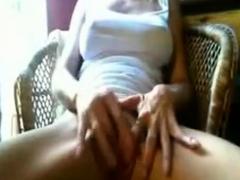 College Cam Girl Fingering Herself Drtuber