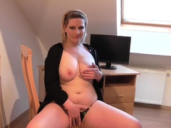 busty-girlfriend-puts-on-a-fantastic-solo-show