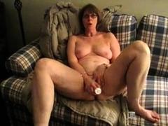 mature-bbw-webcam-masturbation