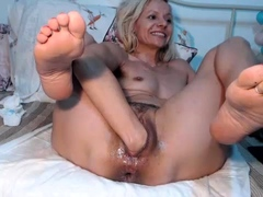 fetish-dykes-ass-and-pussy-fisted