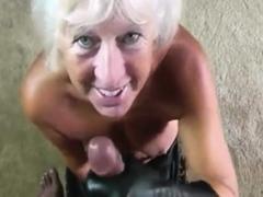 Handjob blowjob granny to eat cum