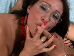 spanish-amateur-latina-milf-get-anal-fuck