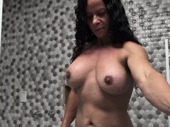 big clit brazilian muscle mature masturbating