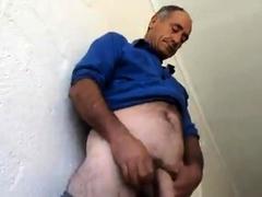 amateur-horny-daddy