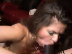 june-summers-is-one-sexy-older-woman-who-s-old-enough-to