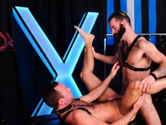 HAIRYANDRAW Bearded Brendan Patrick Raw Breeds Gay Alex Hawk