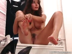 sexy-brunette-babe-gets-horny-showing-part2